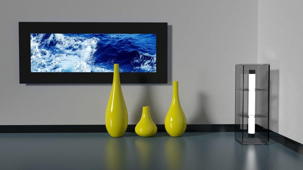 Pièce d'un appartement décorée azur minimaliste