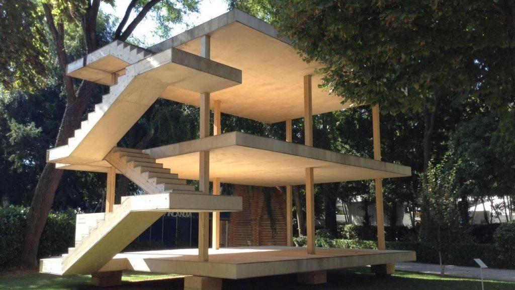Perspective d'une structure comprenant planchers et escalier